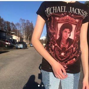 Tops - Michael Jackson Graphic T